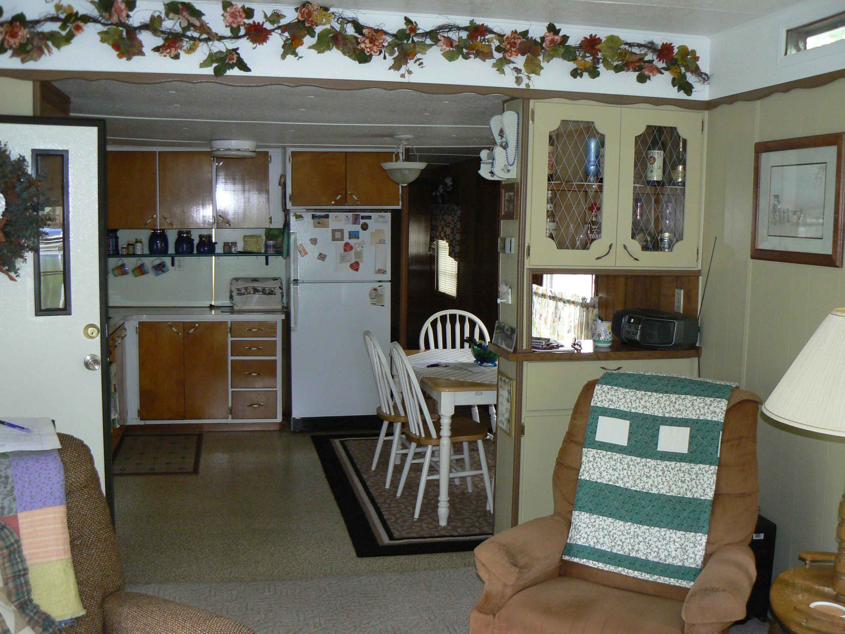 Mobile home enclosed porch nice two bed 1 bath mobile home for 10x14 bedroom
